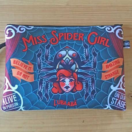 CLUTCH SPIDER GIRL- LUBAABÄ SOUL & CRAFTS